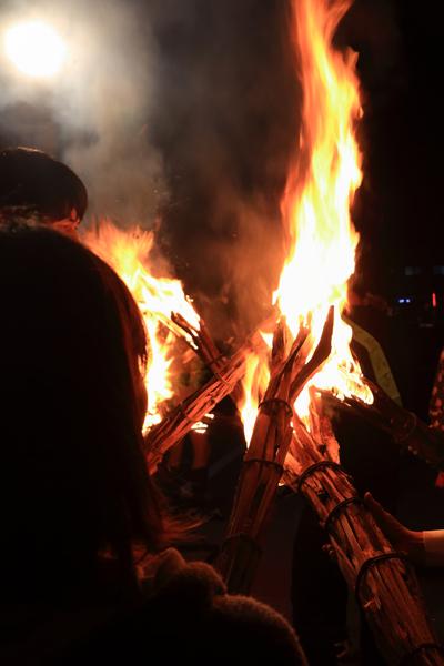 鞍馬の火祭_e0051888_3192633.jpg