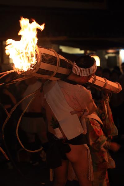 鞍馬の火祭_e0051888_3202015.jpg