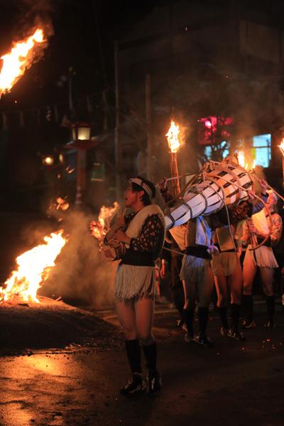 鞍馬の火祭_e0051888_3203137.jpg