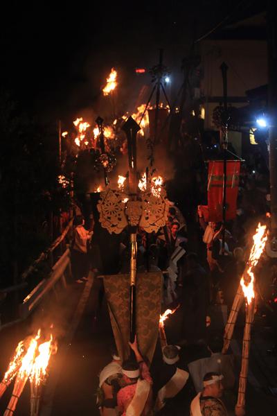鞍馬の火祭_e0051888_3222278.jpg