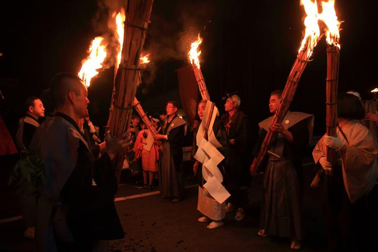 鞍馬の火祭_e0051888_322697.jpg