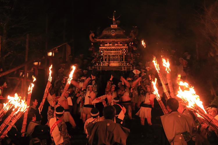 鞍馬の火祭_e0051888_3255383.jpg