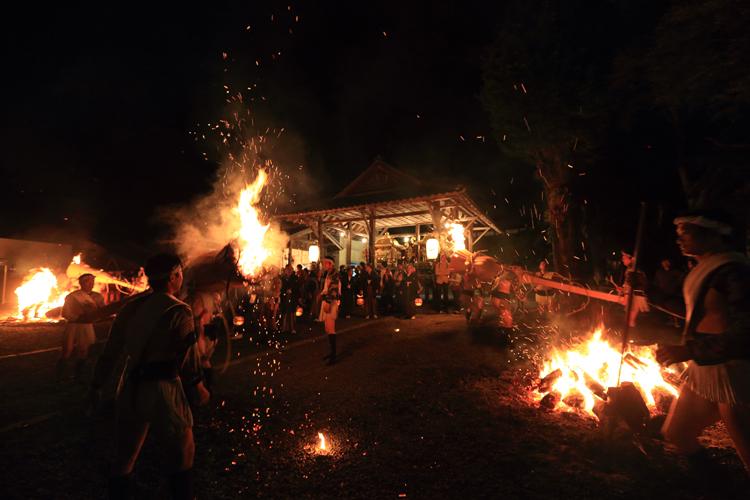 鞍馬の火祭_e0051888_3272414.jpg