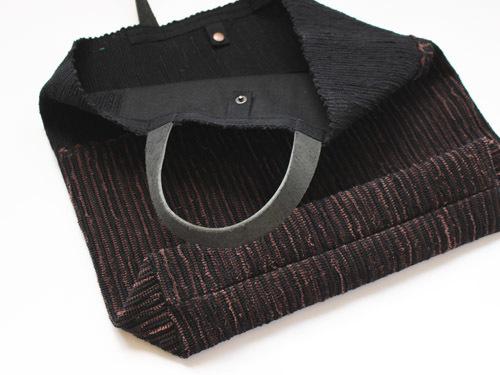 薄井ゆかりさんの裂き織りバッグが入荷しました!_a0026127_15273007.jpg