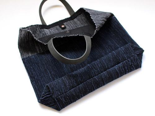 薄井ゆかりさんの裂き織りバッグが入荷しました!_a0026127_15274247.jpg