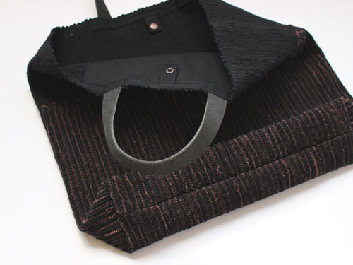 薄井ゆかりさんの裂き織りバッグが入荷しました!_a0026127_15313980.jpg