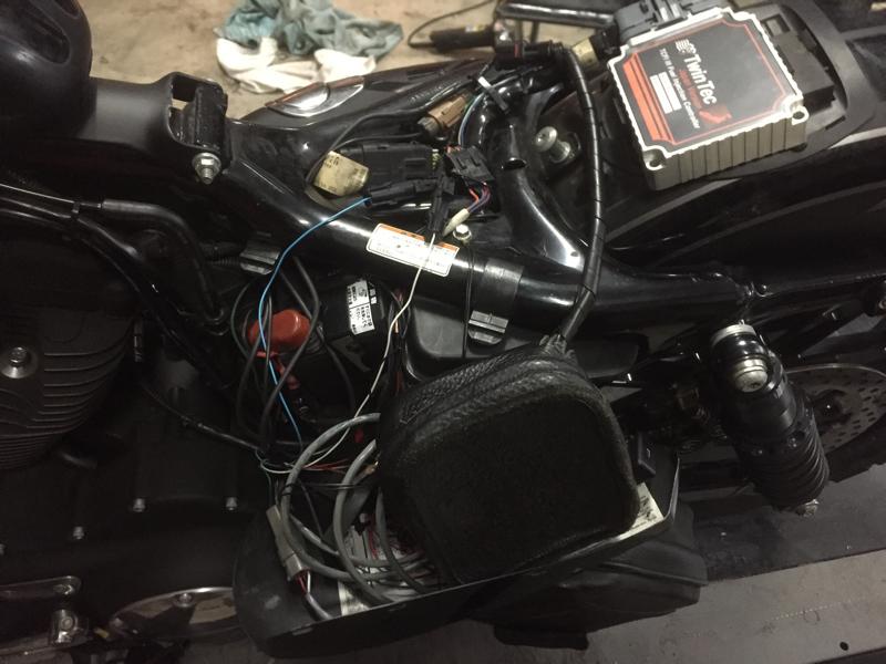 \'08 XL883R  突然のエンジン始動不良_d0348774_23315824.jpg