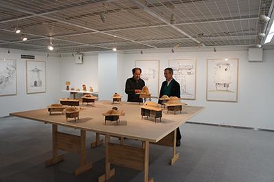 小松研治「凸村 10人の肖像」展開催中です!_f0171840_19372052.jpg