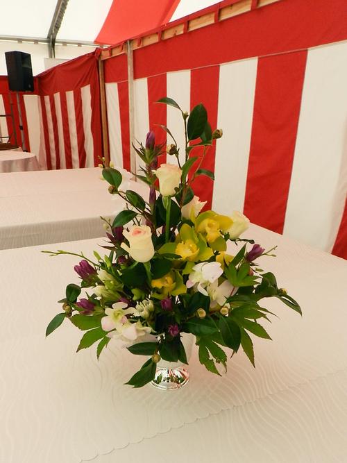 式典花 椿を使用して_a0302448_9463870.jpg
