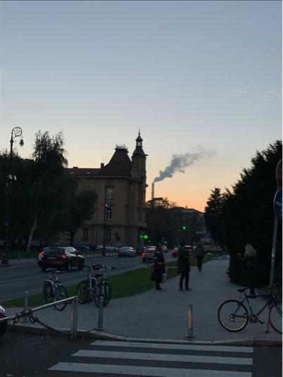 ザグレブ歩き 夕方の街_a0231828_16183587.jpg