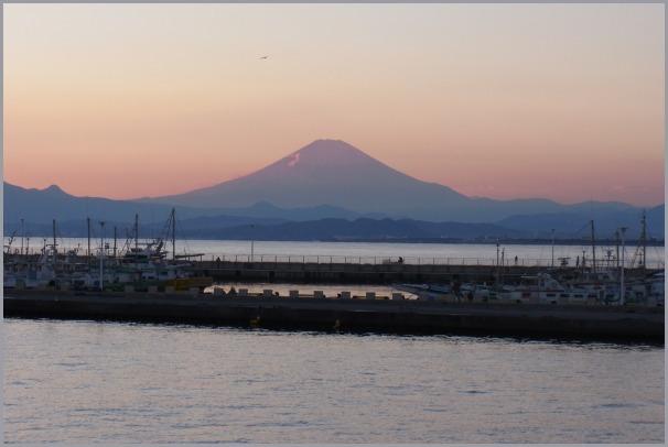 写生地・江ノ島からの富士_a0086270_18052092.jpg