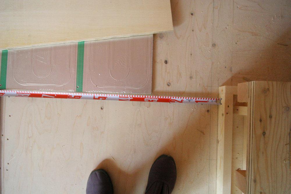 床暖房パネルの設置_b0349892_11281903.jpg