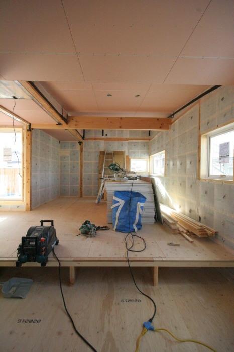 床暖房パネルの設置_b0349892_11284036.jpg