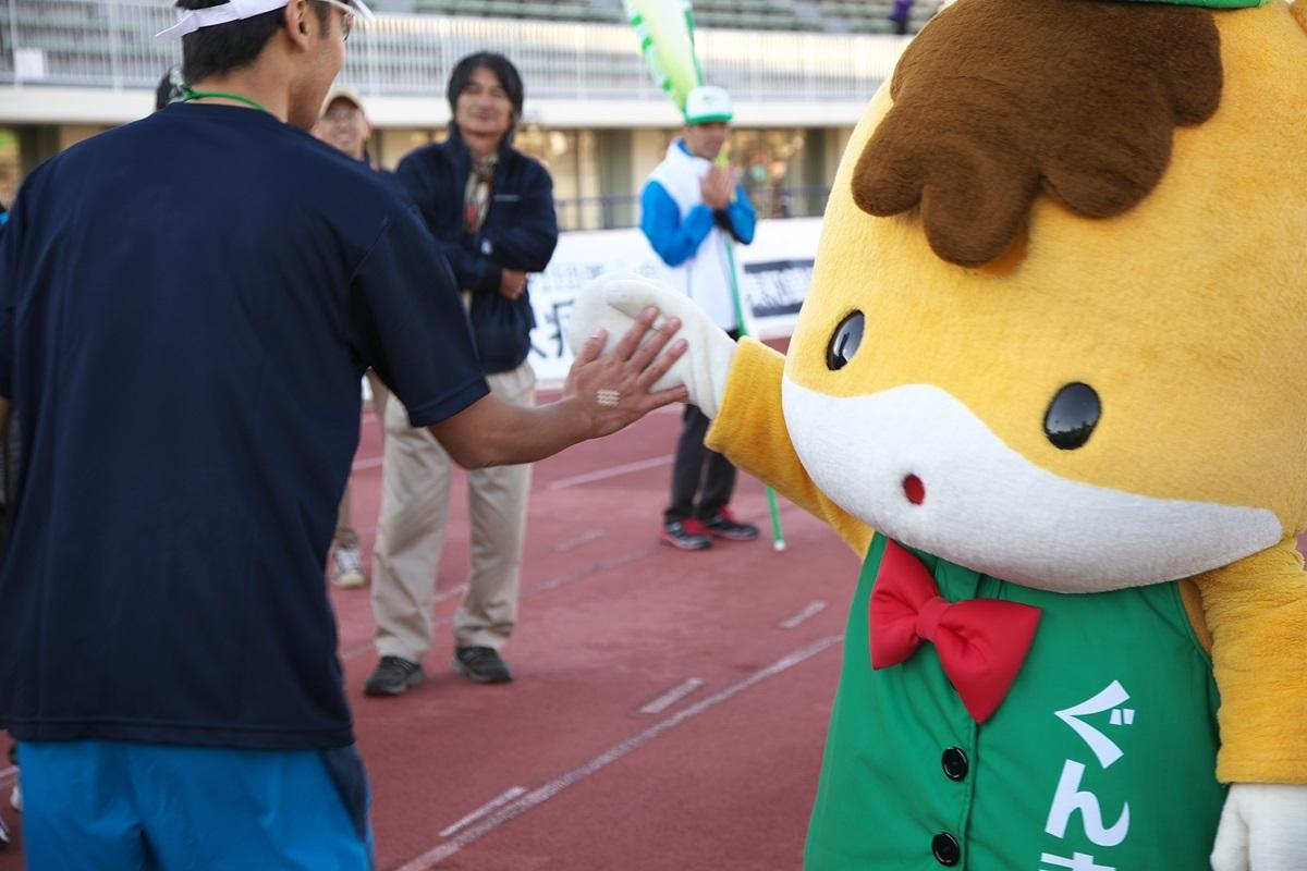 第26回ぐんまマラソン「ご当地キャラハイタッチ隊」_a0243720_00005308.jpg