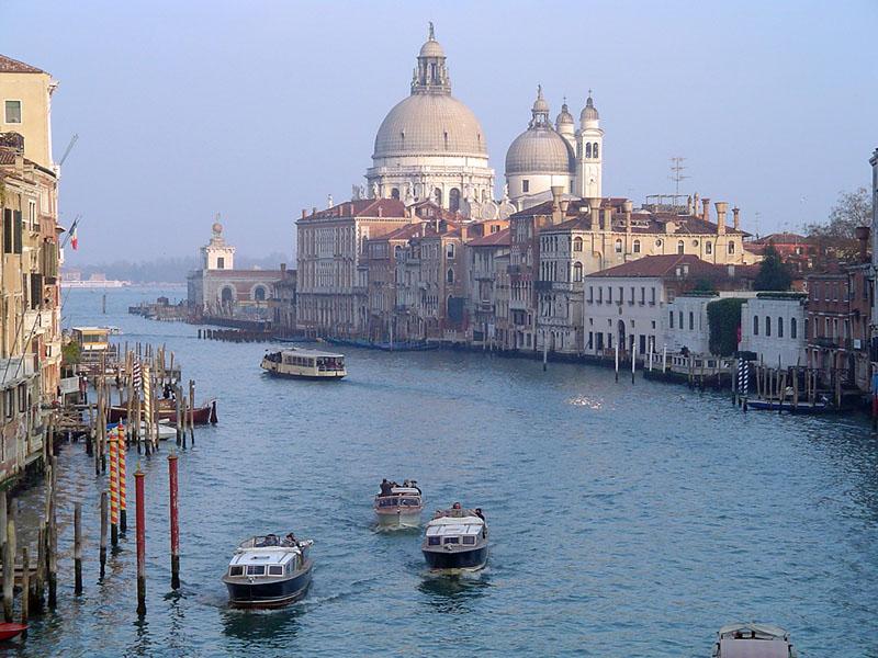 ヴェネツィア航空券が安い!_b0305039_20264960.jpg