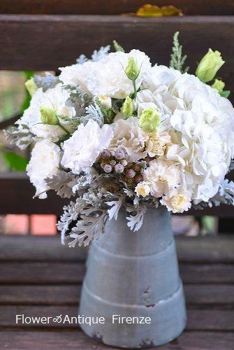 *退院の花束と今の庭*_e0159050_16473069.jpg