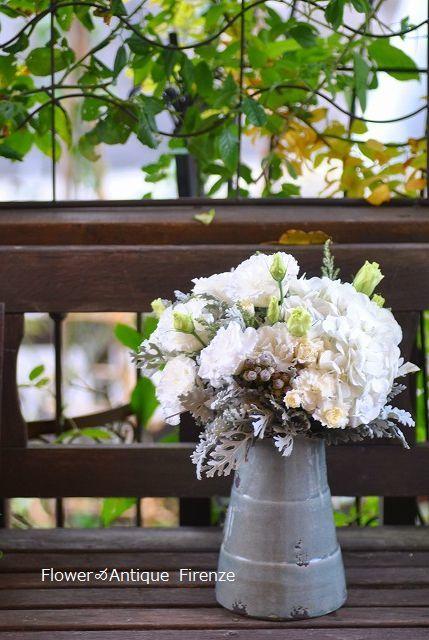 *退院の花束と今の庭*_e0159050_16473803.jpg