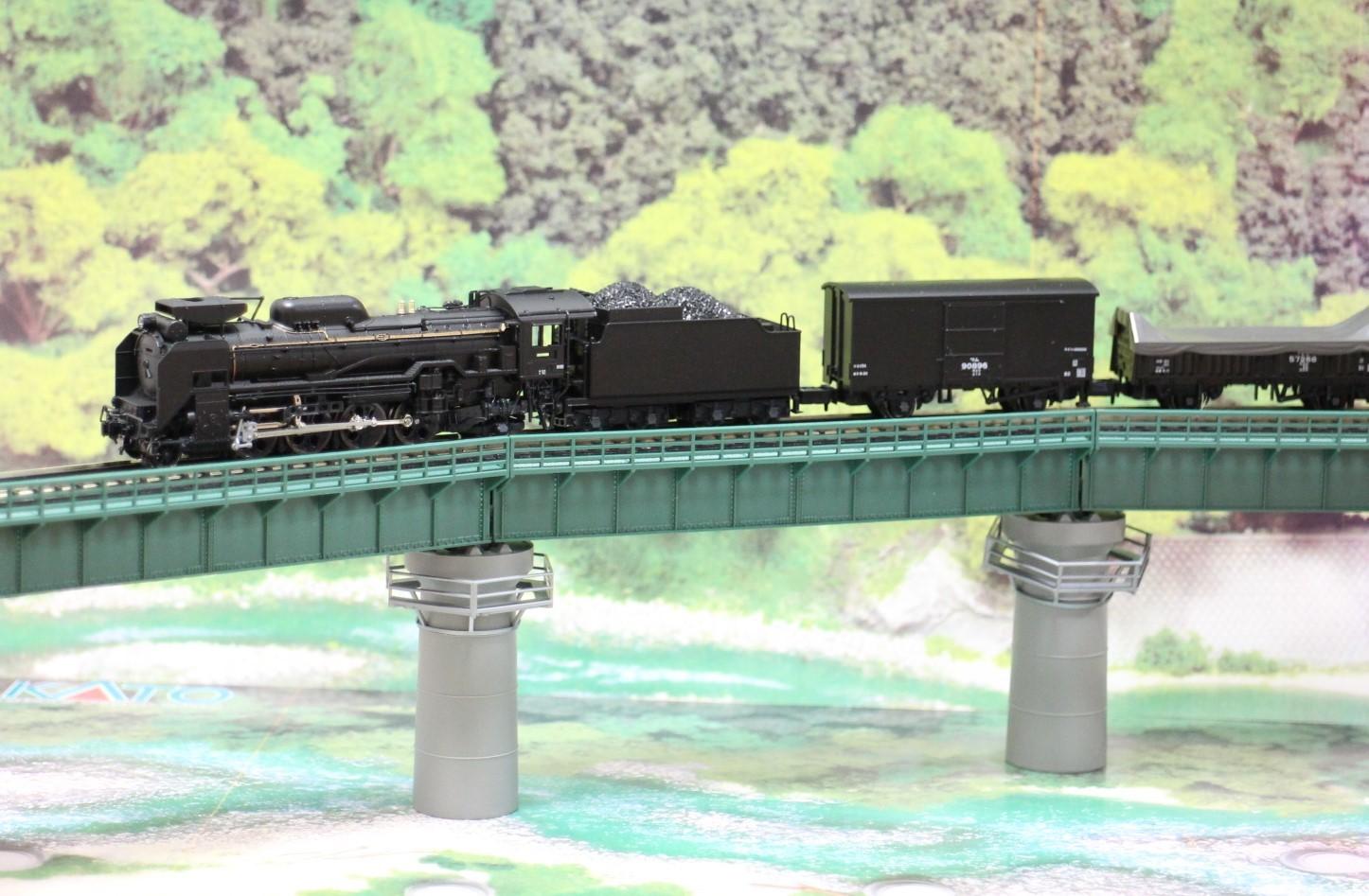 KATO のカーブ鉄橋セットを使い楽しんでみる!_a0149148_10322003.jpg
