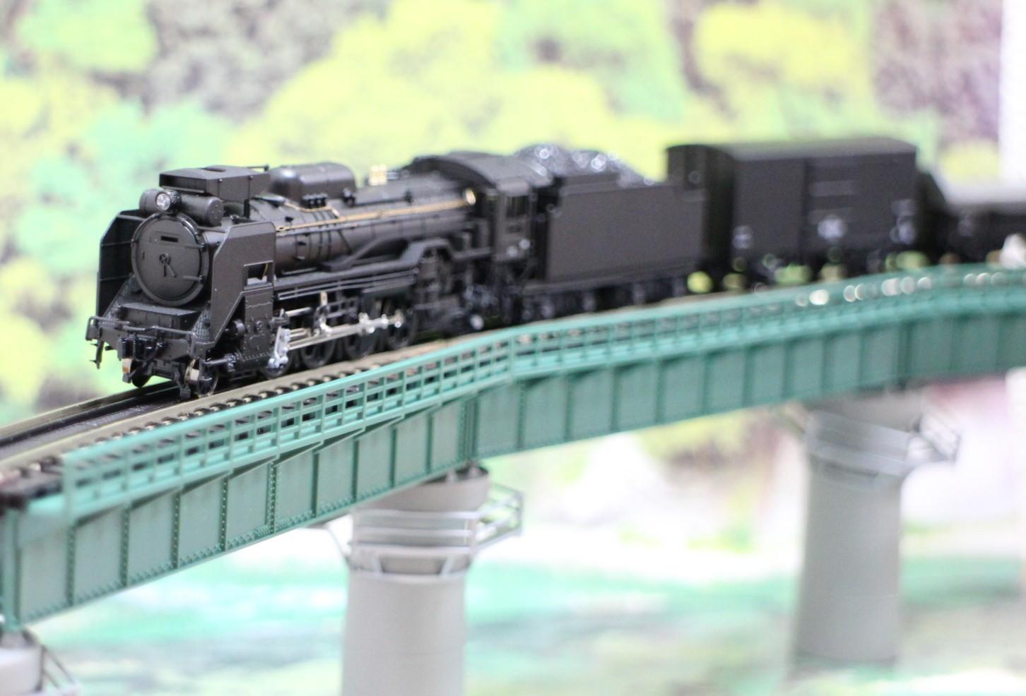 KATO のカーブ鉄橋セットを使い楽しんでみる!_a0149148_10323124.jpg