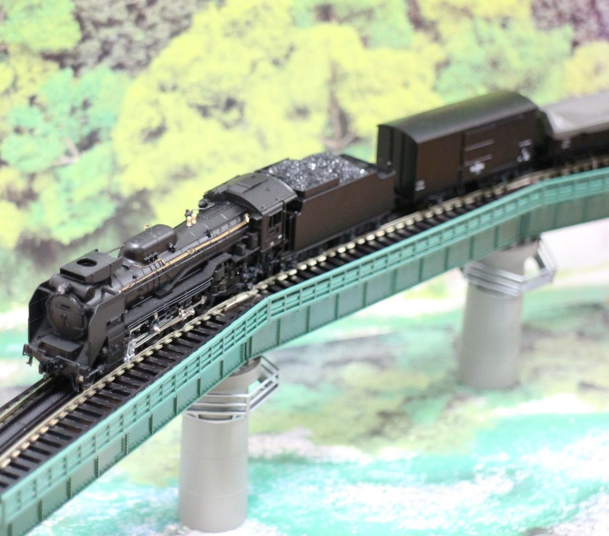KATO のカーブ鉄橋セットを使い楽しんでみる!_a0149148_10324103.jpg