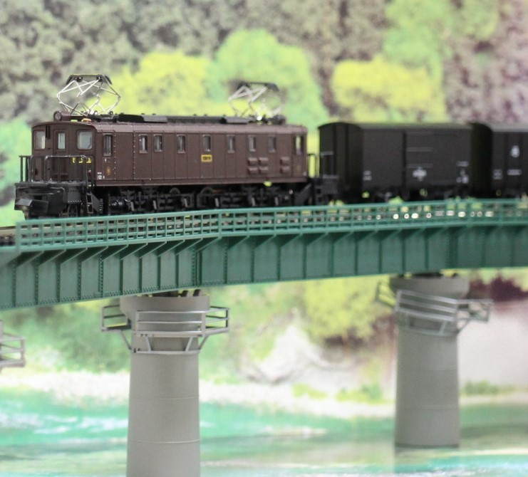 KATO のカーブ鉄橋セットを使い楽しんでみる!_a0149148_10404699.jpg