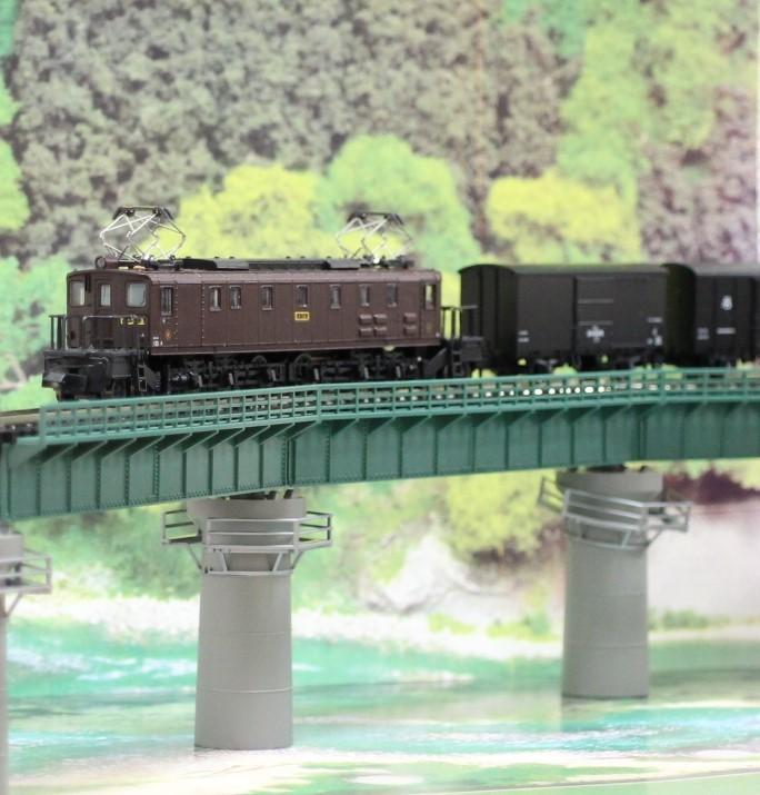 KATO のカーブ鉄橋セットを使い楽しんでみる!_a0149148_10410124.jpg
