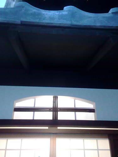 下地窓でちょっと工夫。_e0360016_17265262.jpg