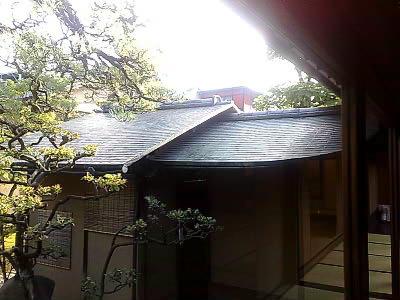 トイレの屋根 銅板一文字葺 (。・_・。)_e0360016_17265582.jpg