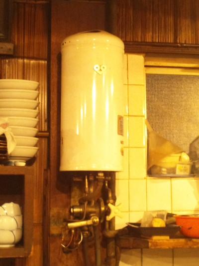 ガス瞬間湯沸かし器_e0360016_17294842.jpg