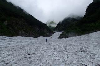 剱沢雪渓と水平歩道_e0360016_17312873.jpg