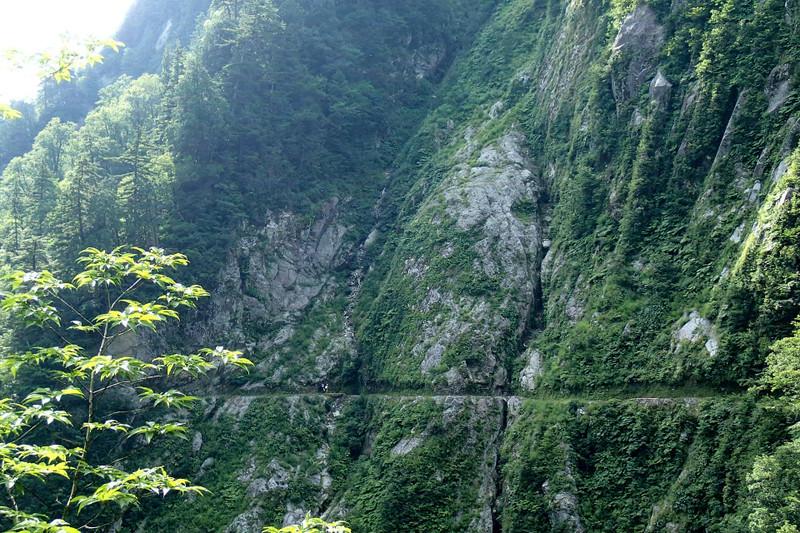 剱沢雪渓と水平歩道_e0360016_17312923.jpg