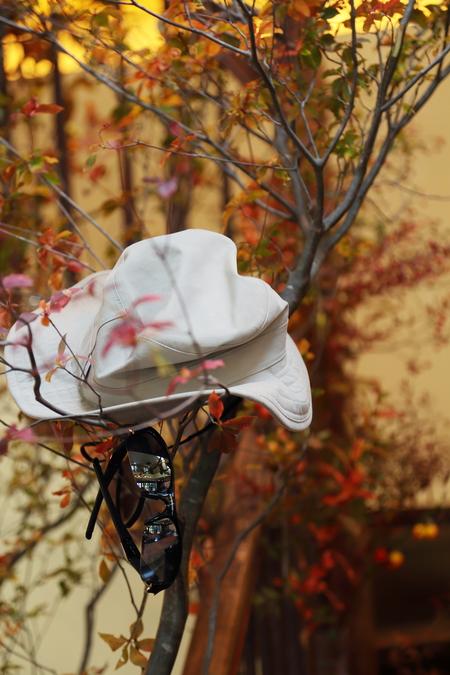 秋、11月の装花 紅葉と実ものの階段装花 ザ・ハウス白金様へ_a0042928_21525086.jpg