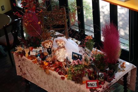秋、11月の装花 紅葉と実ものの階段装花 ザ・ハウス白金様へ_a0042928_2211012.jpg