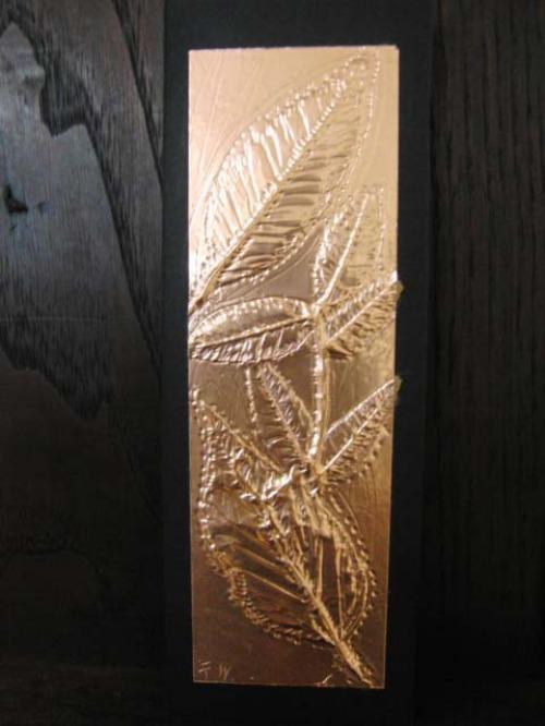 レリーフ ~ 落ち葉の銅箔レリーフ ~_e0222340_18551367.jpg