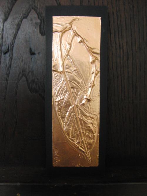 レリーフ ~ 落ち葉の銅箔レリーフ ~_e0222340_18555115.jpg