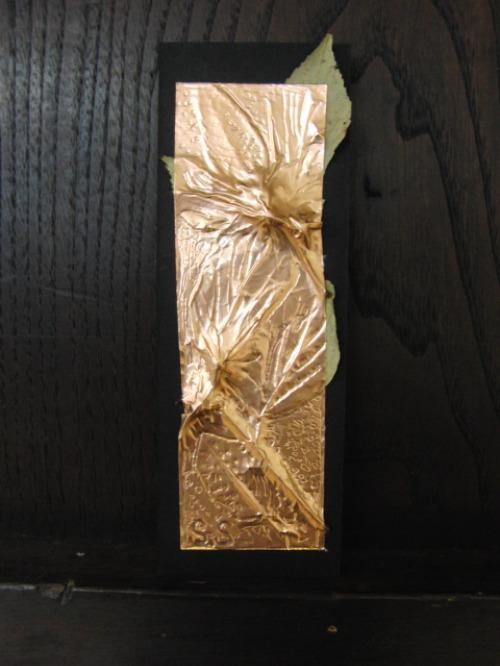 レリーフ ~ 落ち葉の銅箔レリーフ ~_e0222340_1911954.jpg