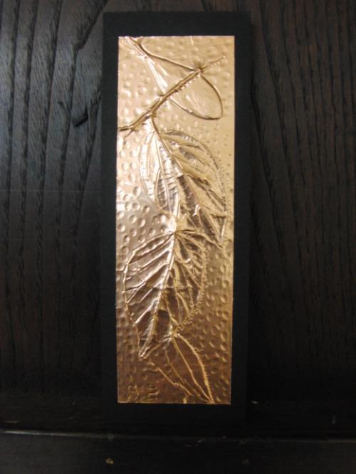 レリーフ ~ 落ち葉の銅箔レリーフ ~_e0222340_1964620.jpg