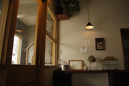 cafe Lama_d0103248_15364550.jpg