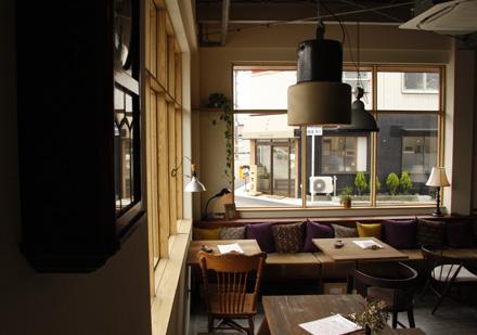 cafe Lama_d0103248_16112590.jpg