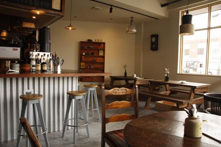 cafe Lama_d0103248_164982.jpg