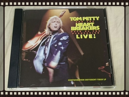 TOM PETTY AND THE HEARTBREAKERS / PACK UP THE PLANTATION:LIVE!_b0042308_17090755.jpg