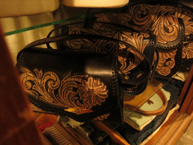 "\""RoosterKing × TheThreeRobbers Carving Hand Bag #1 - ORDER\""ってこんなこと。_c0140560_12353315.jpg"