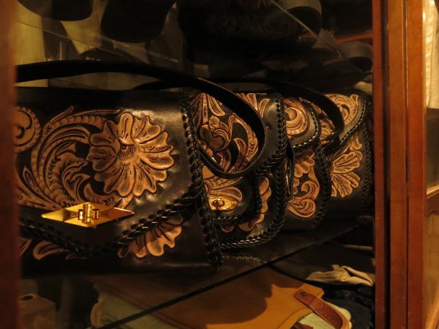 "\""RoosterKing × TheThreeRobbers Carving Hand Bag #1 - ORDER\""ってこんなこと。_c0140560_12364233.jpg"