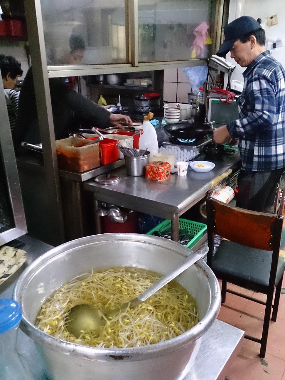 セジンシクタン 350円の朝食編_b0060363_8234212.jpg