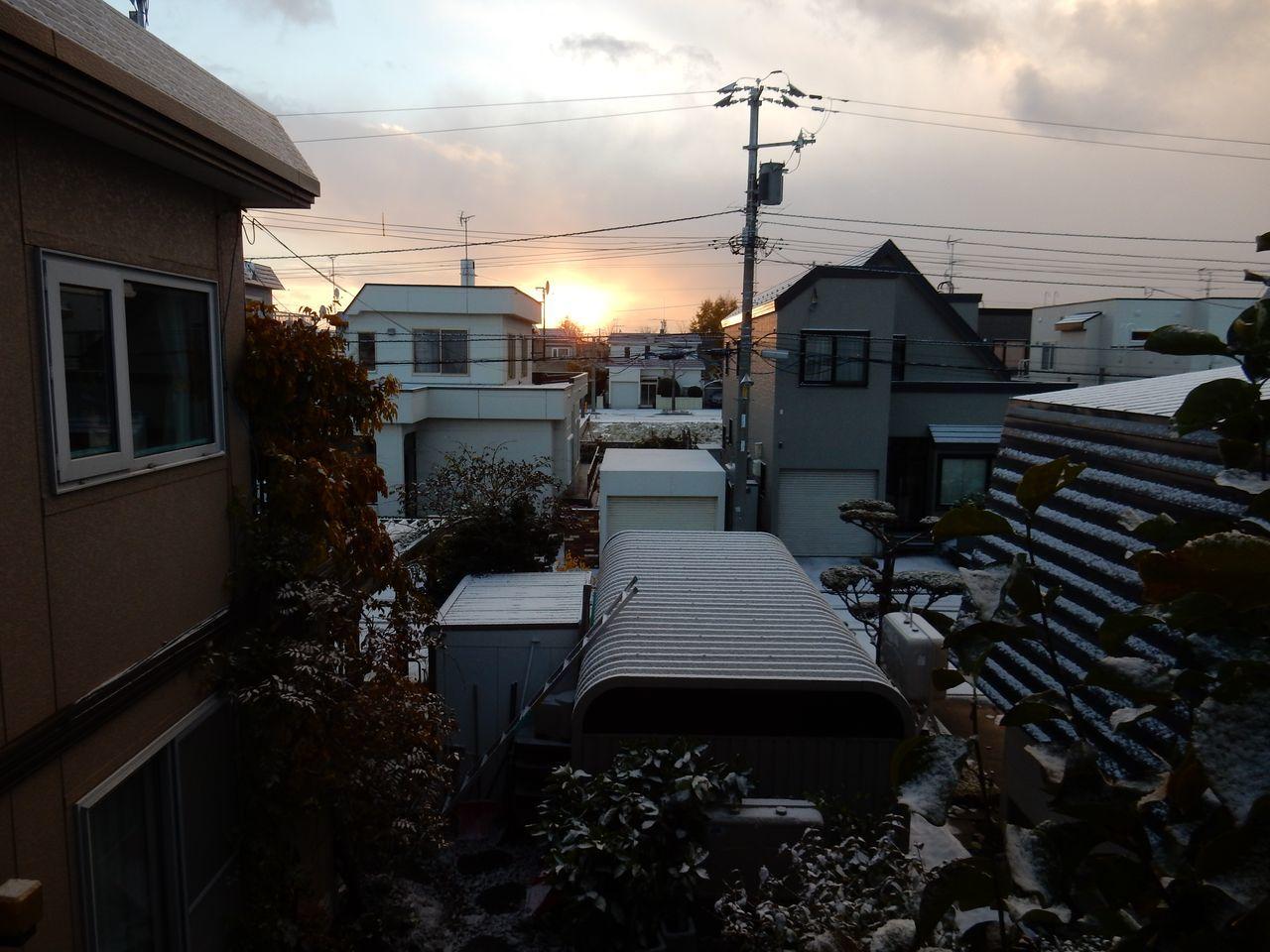 久しぶりに見た朝の太陽_c0025115_20181173.jpg