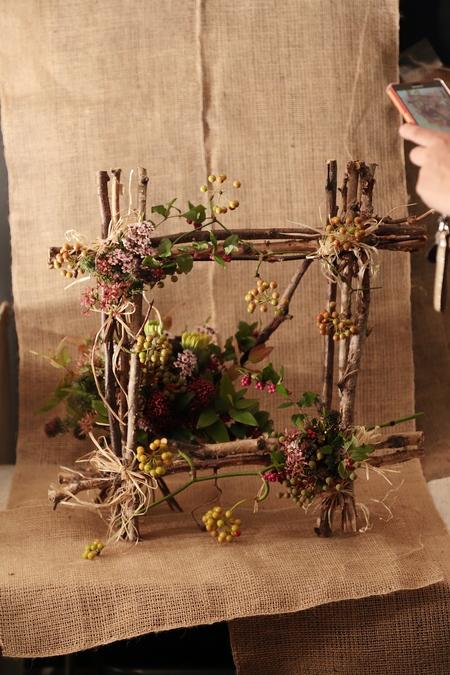 一会定期スクール10月、秋の実もののウェルカムボード装花とブーケ_a0042928_18144888.jpg