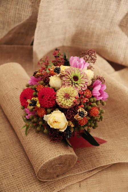一会定期スクール10月、秋の実もののウェルカムボード装花とブーケ_a0042928_18195551.jpg