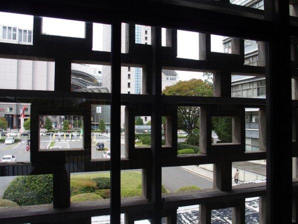 広島県庁舎ファサ-ド_b0190540_12252446.jpg