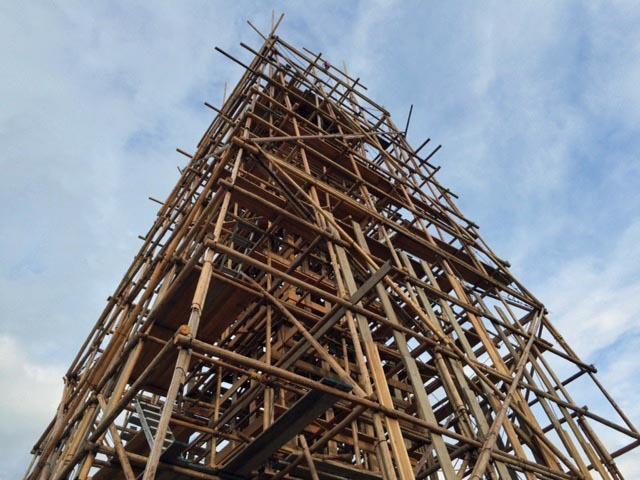 川俣正岩見沢プロジェクト2016/奈良大安寺の丸太・1_c0189970_08312213.jpg