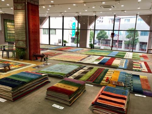「ギャッベ展in姫路」が姫路市民会館で始まりました❣️_a0071934_17563872.jpg